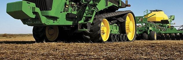 John Deere tracked tractor1